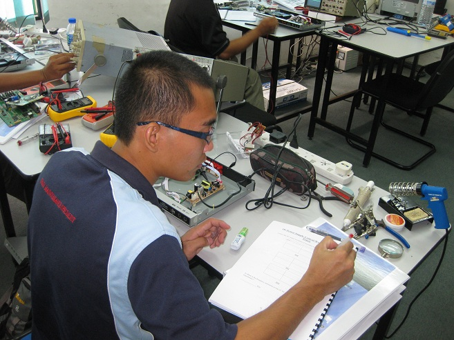 advance electronic course