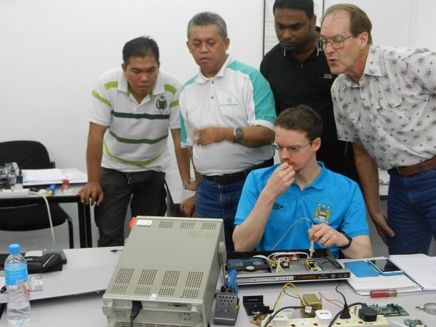 Advanced Electronics Repair Course  